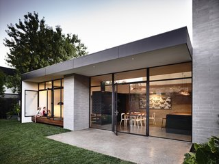 Old Meets New in This Modern Extension to an Edwardian House in Melbourne - Photo 2 of 10 -