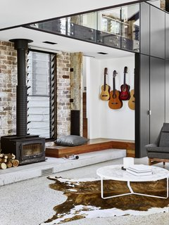 A Brisbane Architect Designs a Light-Filled Addition For Her Brother - Photo 5 of 8 -