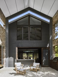 A Brisbane Architect Designs a Light-Filled Addition For Her Brother - Photo 8 of 8 -