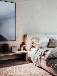 A Bondi Beach Penthouse Designed For Barefoot Luxury - Photo 4 of 8 -