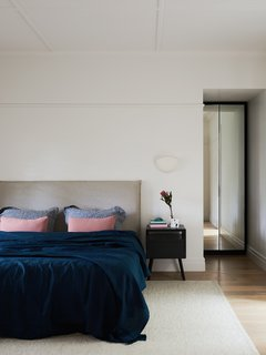 A Run-Down Melbourne Bungalow's Makeover Embraces Light and Family Life - Photo 9 of 10 -