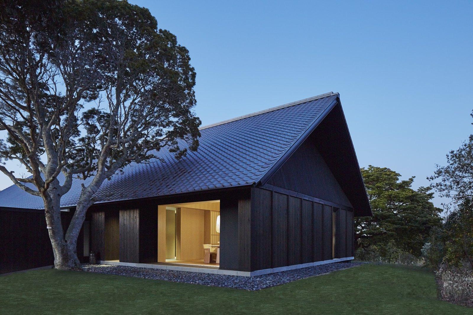 A Sleek Resort in a Japanese National Park Reinterprets Tradition ...