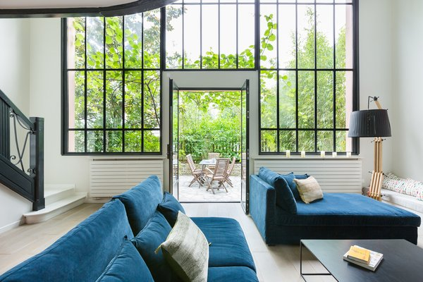 Channel Parisian Glamour With a Stay in This Striking Montmartre Townhouse