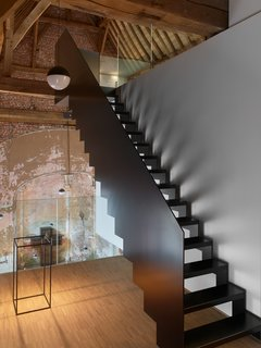 This Chapel-Turned-Office in Belgium Is Unbelievably Cool - Photo 4 of 8 -
