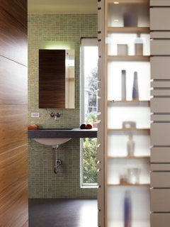 What's the Best Way to Save Space in a Small Bathroom? - Photo 12 of 14 -