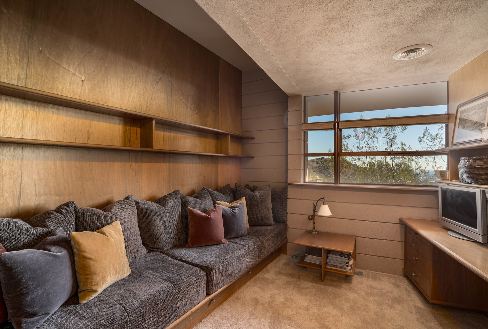 Office, Desk, Carpet Floor, Study Room Type, and Shelves  Photo 9 of 15 in The Last House Designed by Frank Lloyd Wright Is Being Auctioned Without Reserve