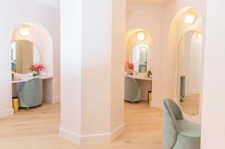 A beauty room is also available for members to use.