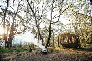 The setting for the CABN is rife with walking trails and beautiful natural scenery, making it the ideal place for a digital detox. Copious windows connect the tiny home's interior to the peaceful surroundings.