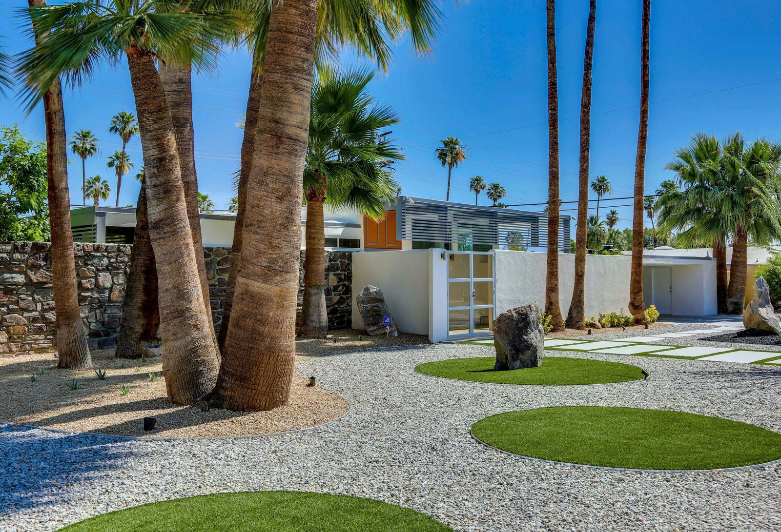 Historic Mid-century home,  located in Twin Palms Estates