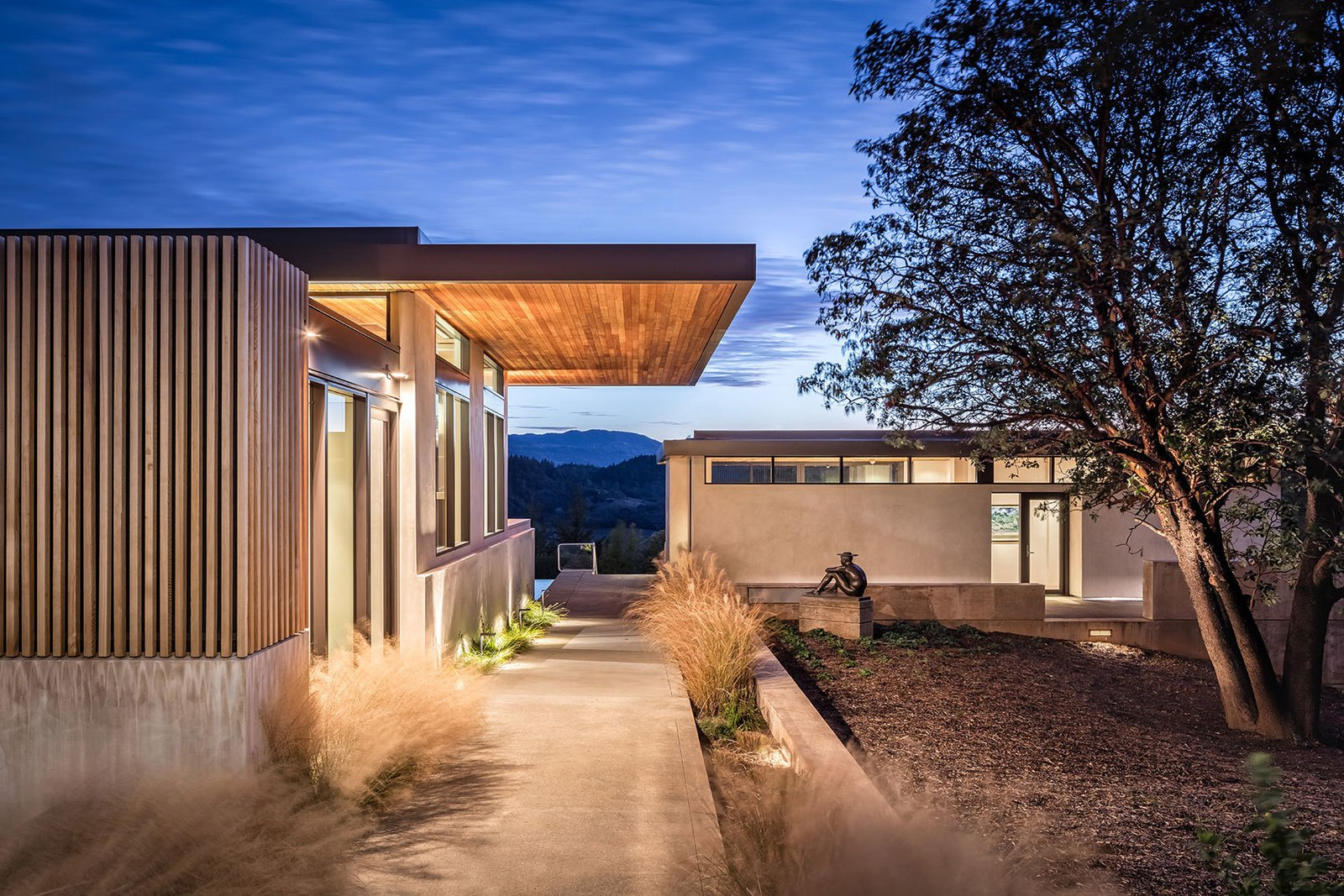 Outdoor, Front Yard, Trees, Grass, Walkways, Shrubs, and Landscape Lighting  Dry Creek by John Maniscalco Architecture