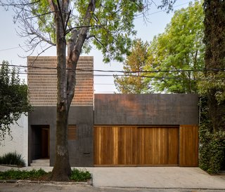Delightful Material Contrasts Define a Courtyard Home in Mexico City