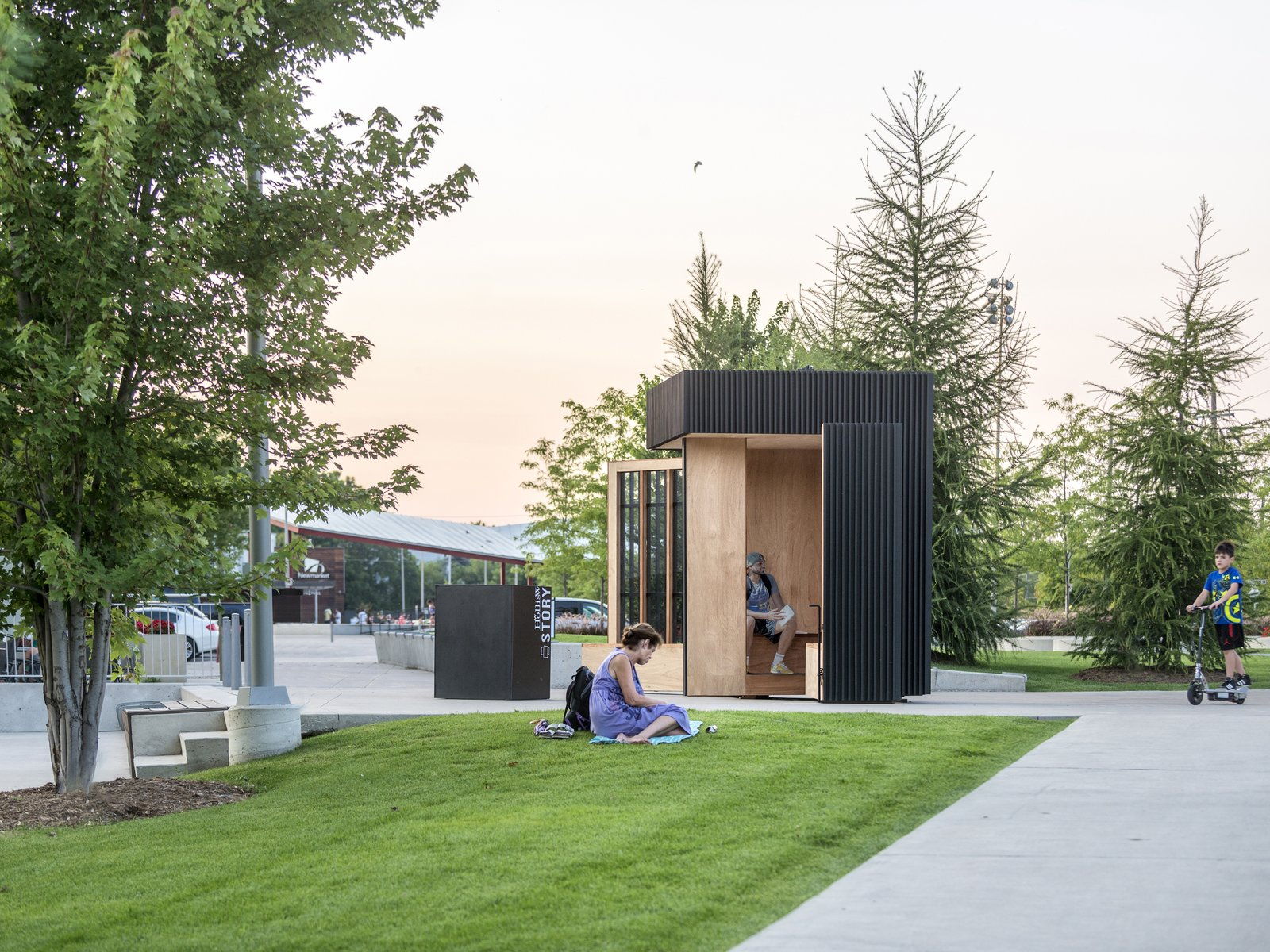 The folding walls provide an open door to fellow passerby's.  Photo 4 of 8 in Toronto's Story Pod Doubles as a Lending Library and Community Hub