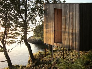 A Timber-Clad Sauna in Chile Angles For Lakeside Views - Photo 9 of 9 -