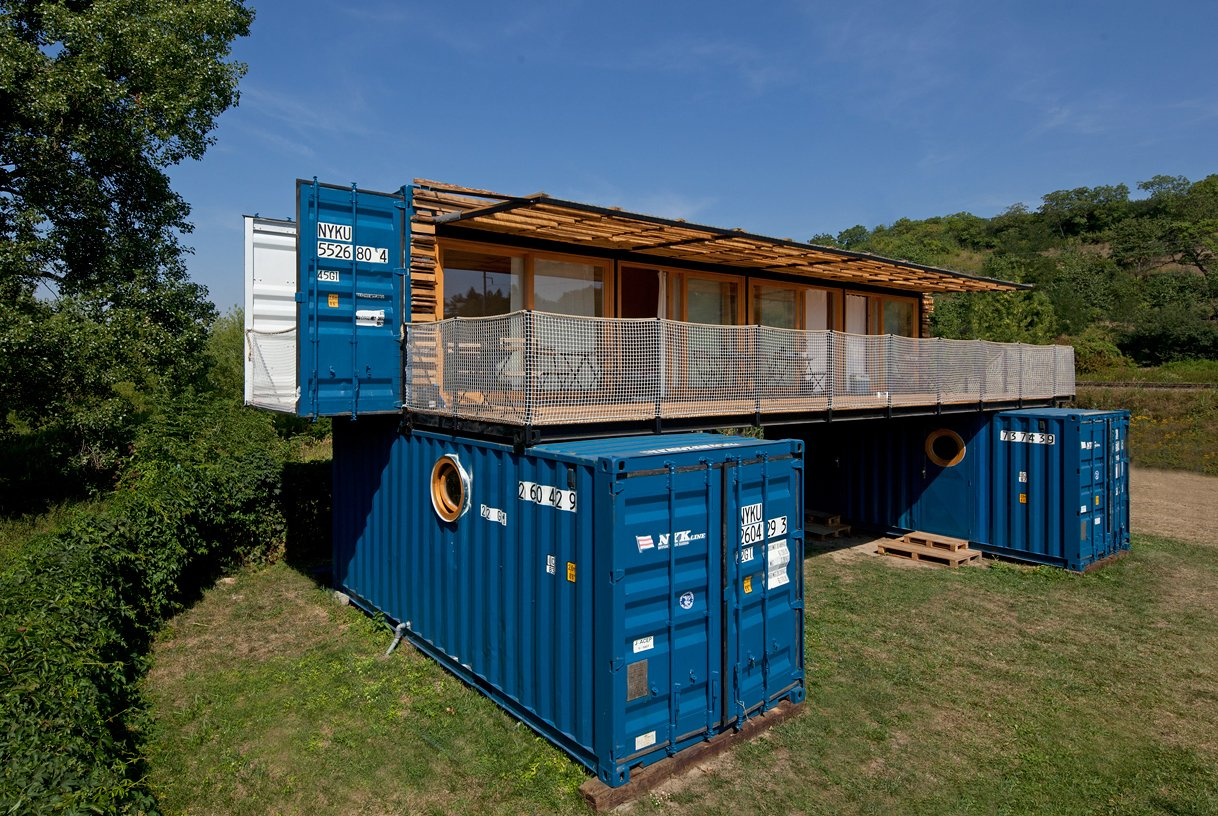 Exterior, Metal Siding Material, and Wood Siding Material  Photo 4 of 15 in A Mobile Boutique Hotel For the Modern Traveler Made From Shipping Containers