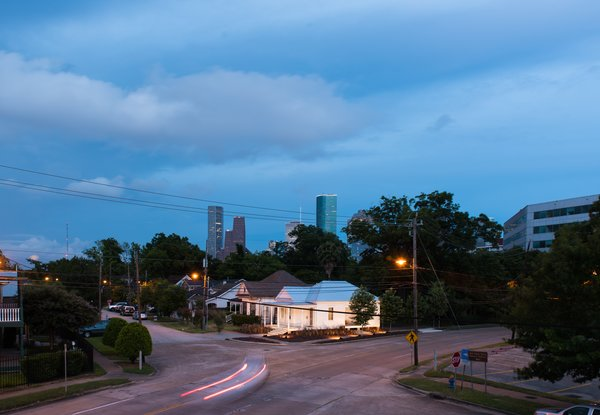 A Victorian Cottage in Houston Finds New Life as a Local Firm's Office - Photo 13 of 13 -