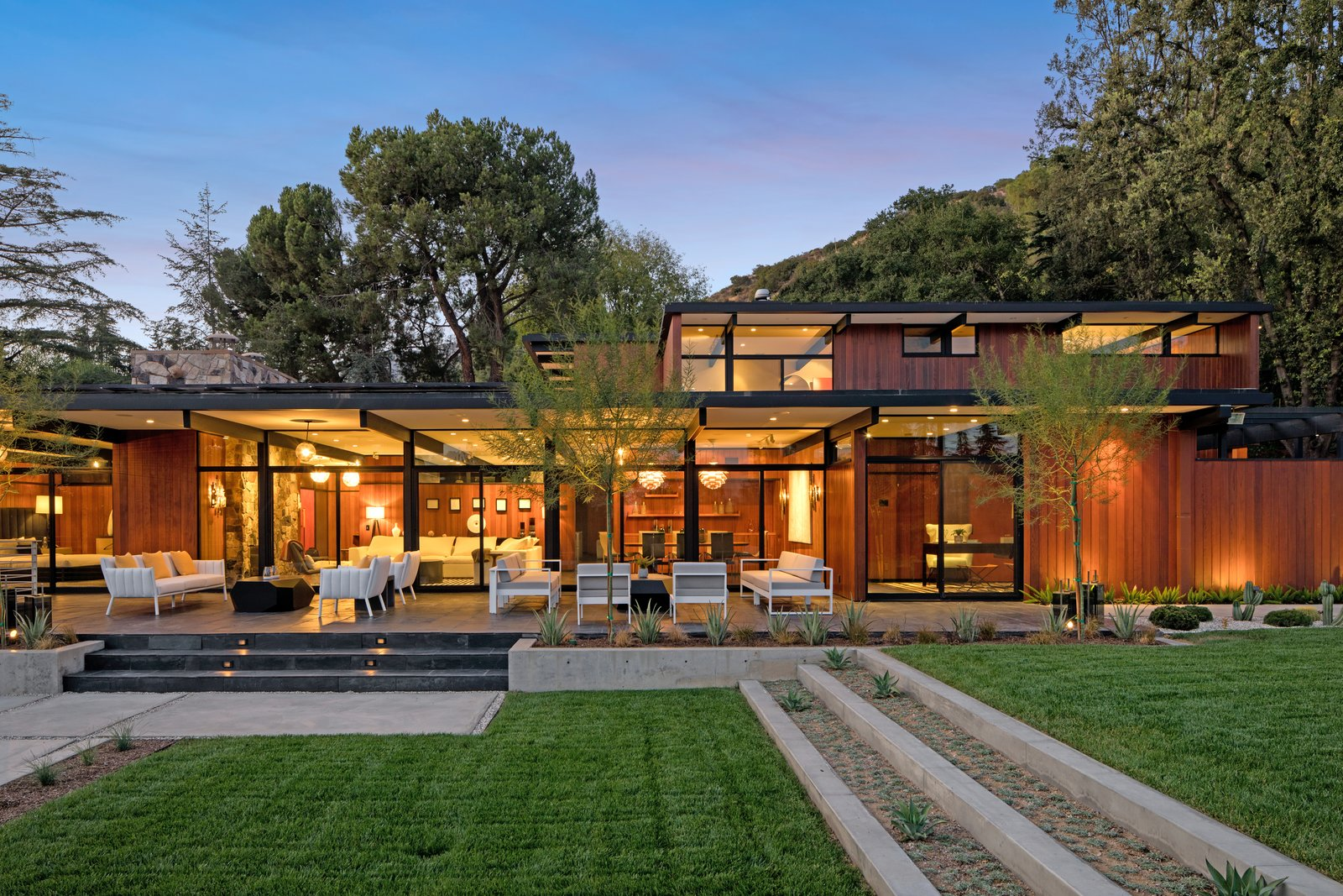 An Award Winning Midcentury Residence In Los Angeles