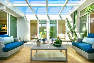 A Glowing Eichler Home in San Francisco Asks $2.15M - Photo 5 of 14 -