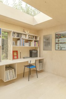 A London Couple's Backyard Studio Is Clad in Sustainable Cork - Photo 5 of 8 -