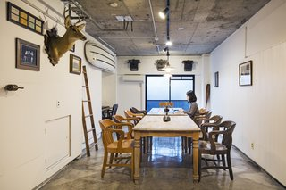 Forget Coworking—These Coliving Spaces Let You Travel the World For $1,800 a Month - Photo 21 of 25 - Roam Tokyo conference room