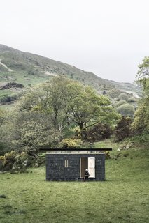This Small Slate Cabin Rental is the Ultimate Outdoor Oasis