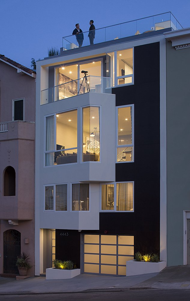 Outdoor, Front Yard, and Landscape Lighting  LEED Platinum House in SF by DNM Architecture