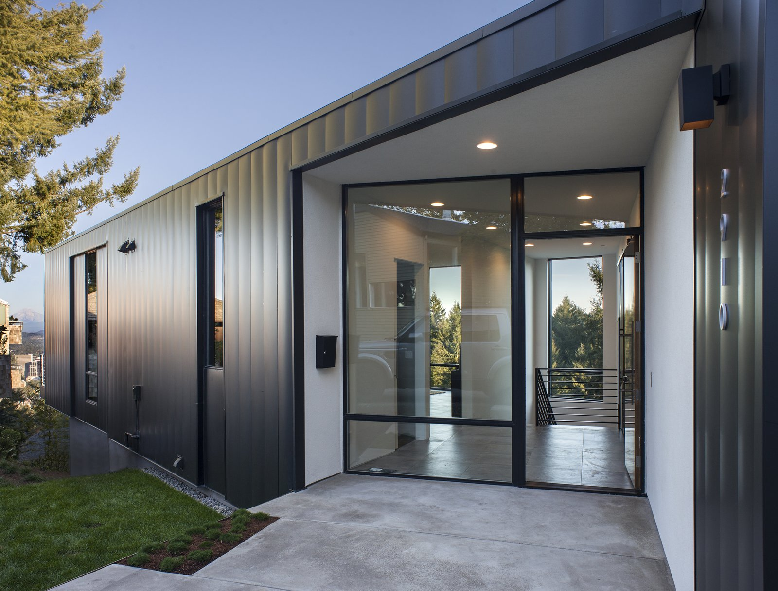 Outdoor, Trees, Grass, Shrubs, Hardscapes, and Front Yard Entry  Canterbury Residence by Scott | Edwards Architecture