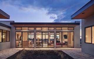10 Prefabricated Homes That Will Catch Your Eye