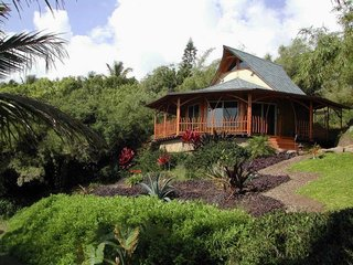 Constructed of bamboo, this Hawaiian prefab bungalow embraces the native culture of the islands.
