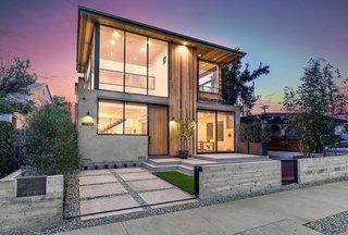 Cloy Avenue Residence