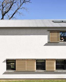 5 Energy-Efficient and Stylish Ways to Shade Your Windows - Photo 16 of 16 -