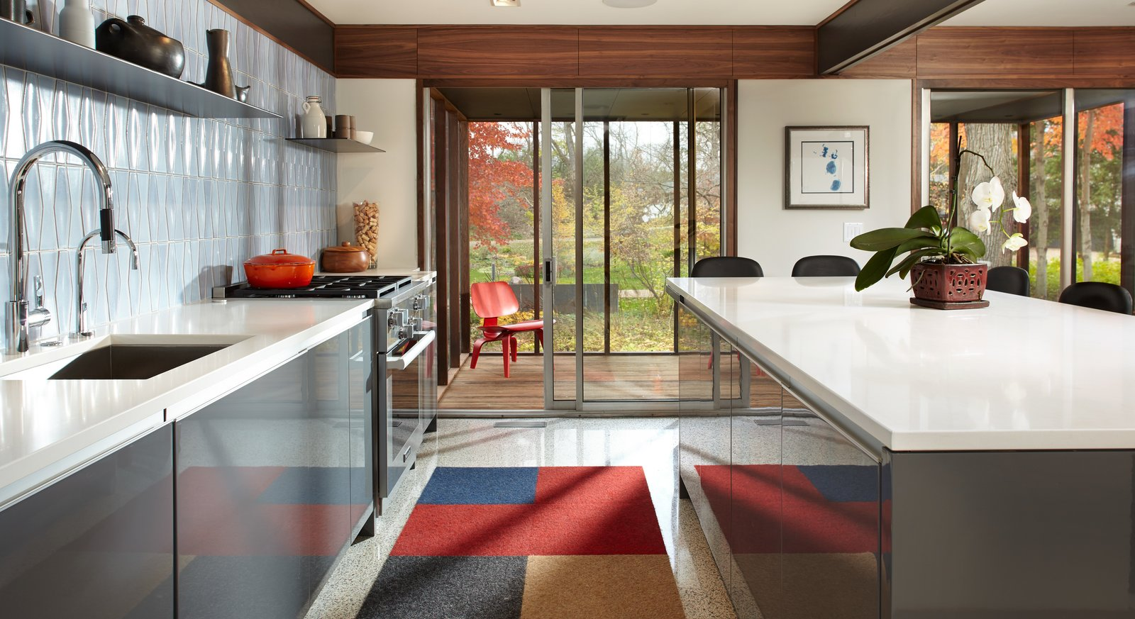 Kitchen, Ceramic Tile Backsplashe, Engineered Quartz Counter, Undermount Sink, Range, and Colorful Cabinet  South Tyrol Mid-Century by Peterssen/Keller Architecture