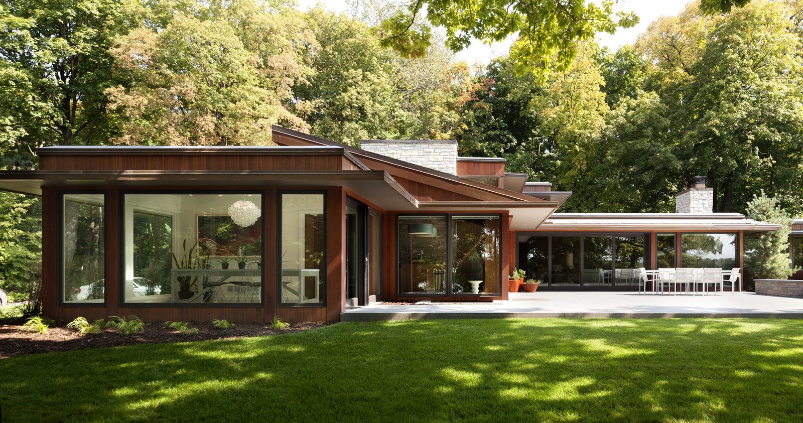 Gleason Lake Mid Century Modern Home In Wayzata Minnesota By On Dwell