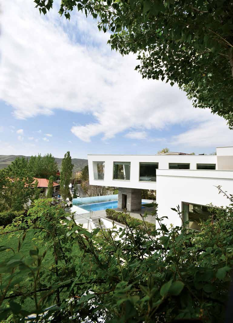 Outdoor  Lavasan Villa by Hariri & Hariri Architecture