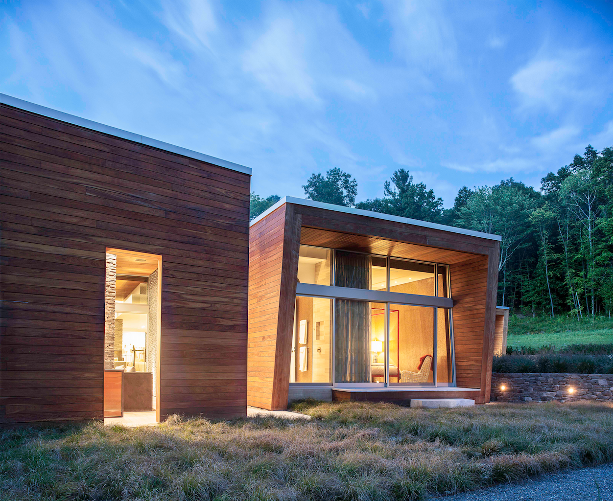 Side Yard, Outdoor, Outdoor, Shrubs, Grass, and Landscape Lighting  Taghkanic House by Hariri & Hariri Architecture
