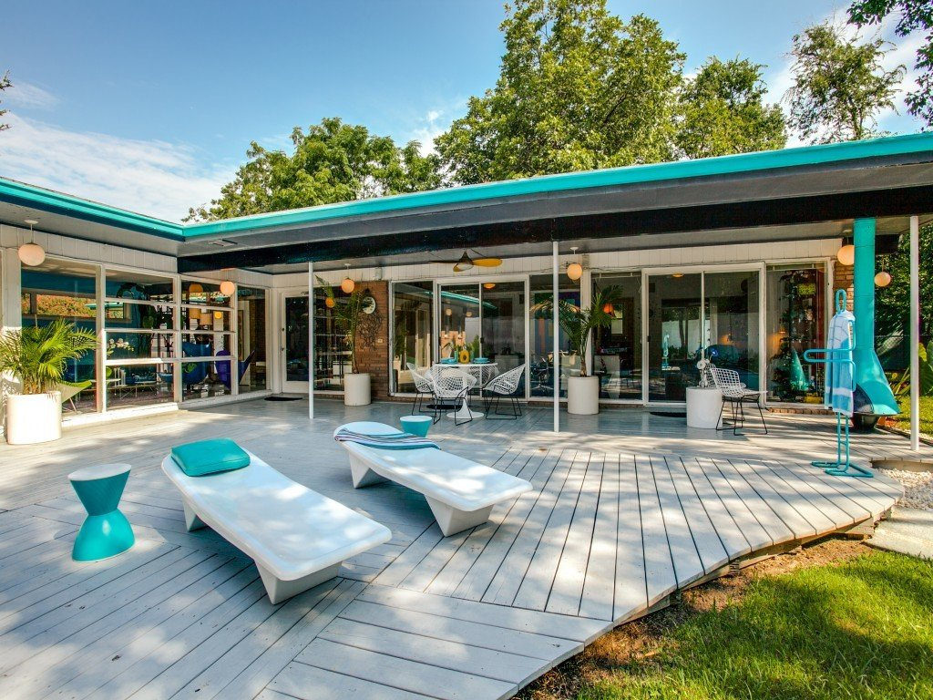 Outdoor, Trees, Large Patio, Porch, Deck, Back Yard, and Wood Patio, Porch, Deck  Candy-Colored Mid-Century Modern Throwback