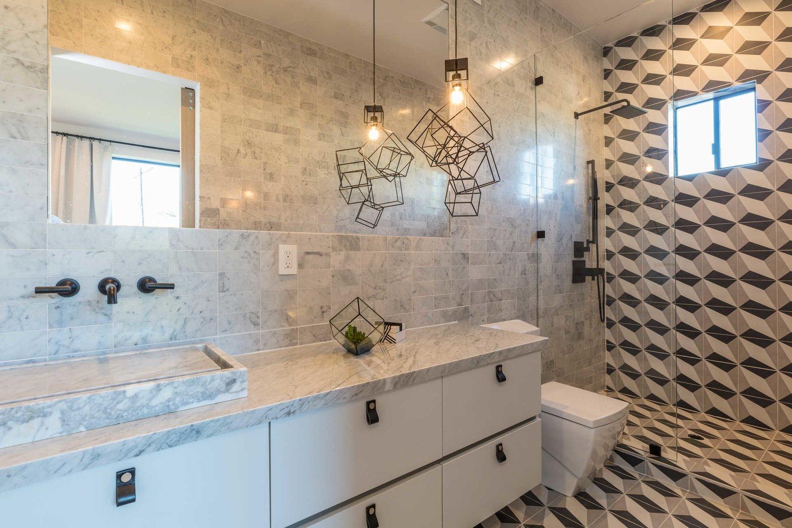 Bath Room, One Piece Toilet, Ceiling Lighting, Pendant Lighting, Corner Shower, and Enclosed Shower  Italian Modernist Home