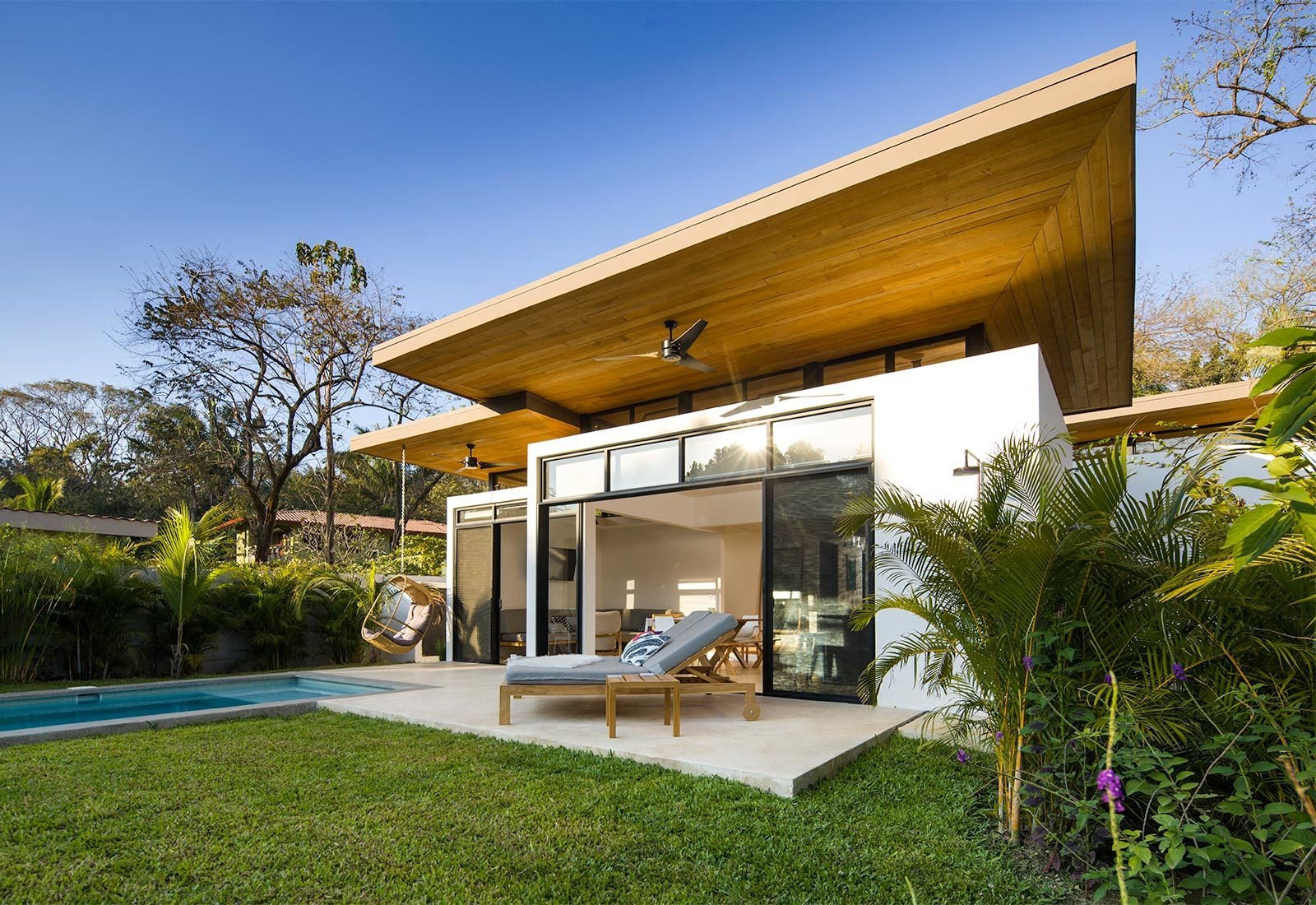 Outdoor, Back Yard, Small Pools, Tubs, Shower, Grass, and Trees  Nalu by Studio Saxe
