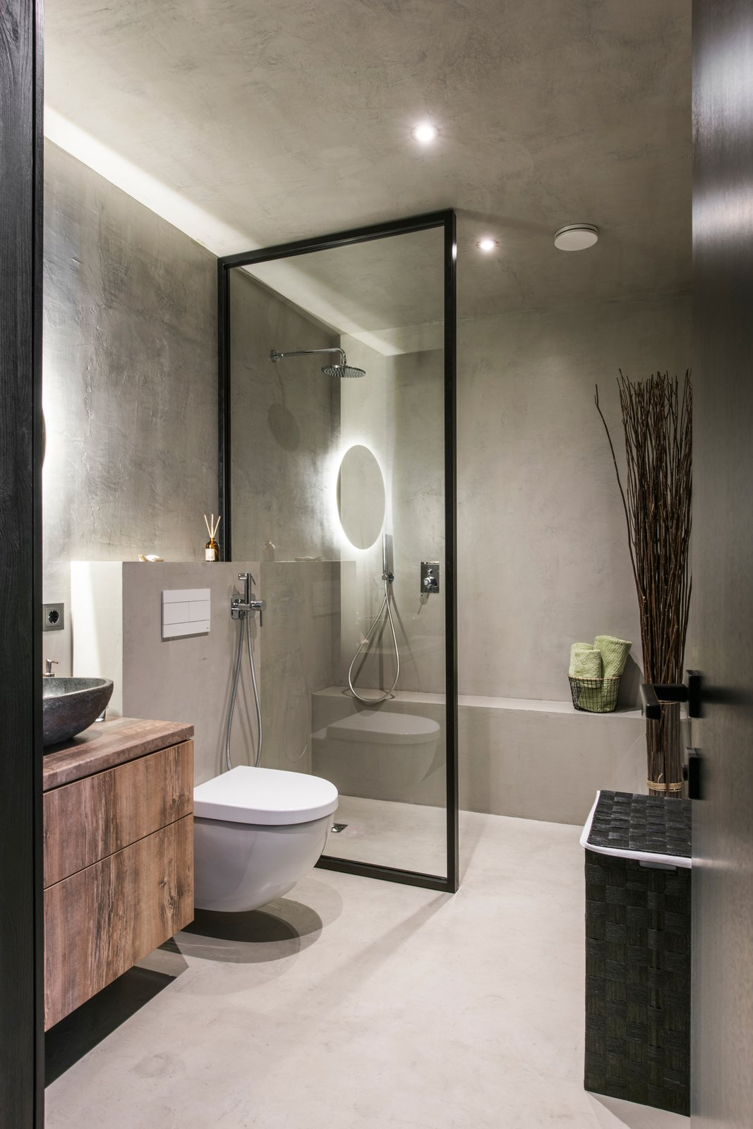 Bath, Concrete, Vessel, Laminate, Open, Accent, Ceiling, Concrete, and One Piece  Best Bath Accent Open Photos from Drills&Hollywood