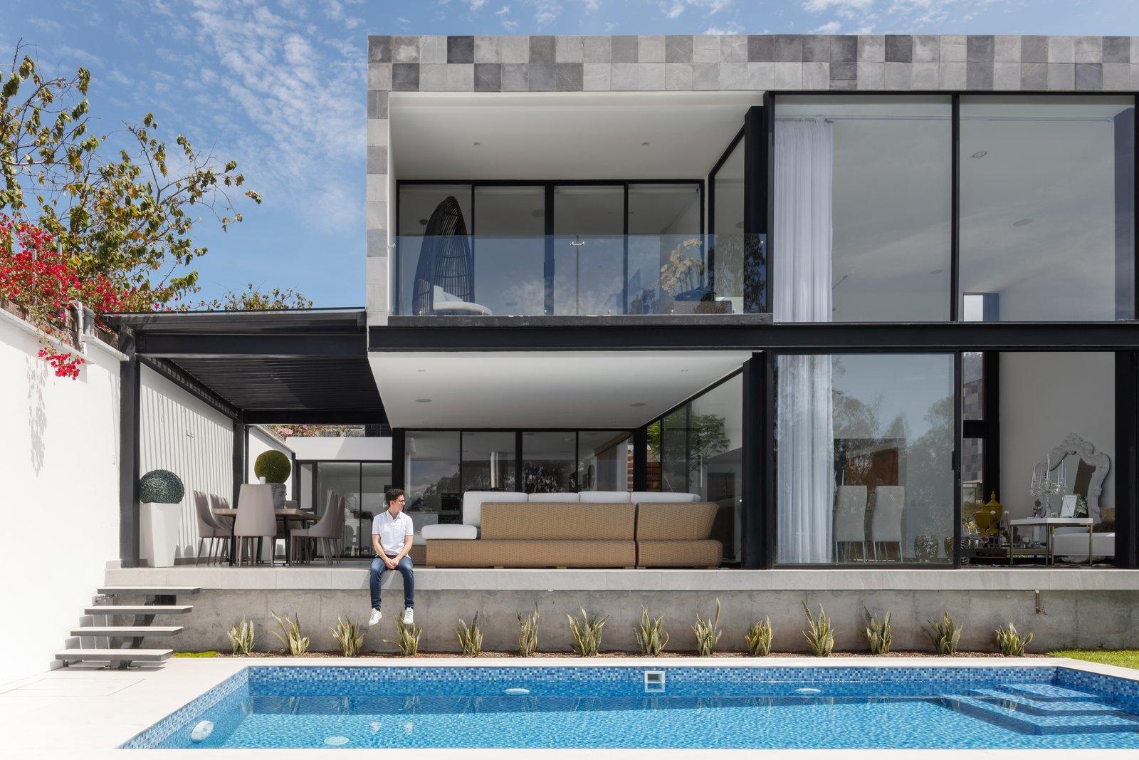 Outdoor  KB house by TEC Taller EC