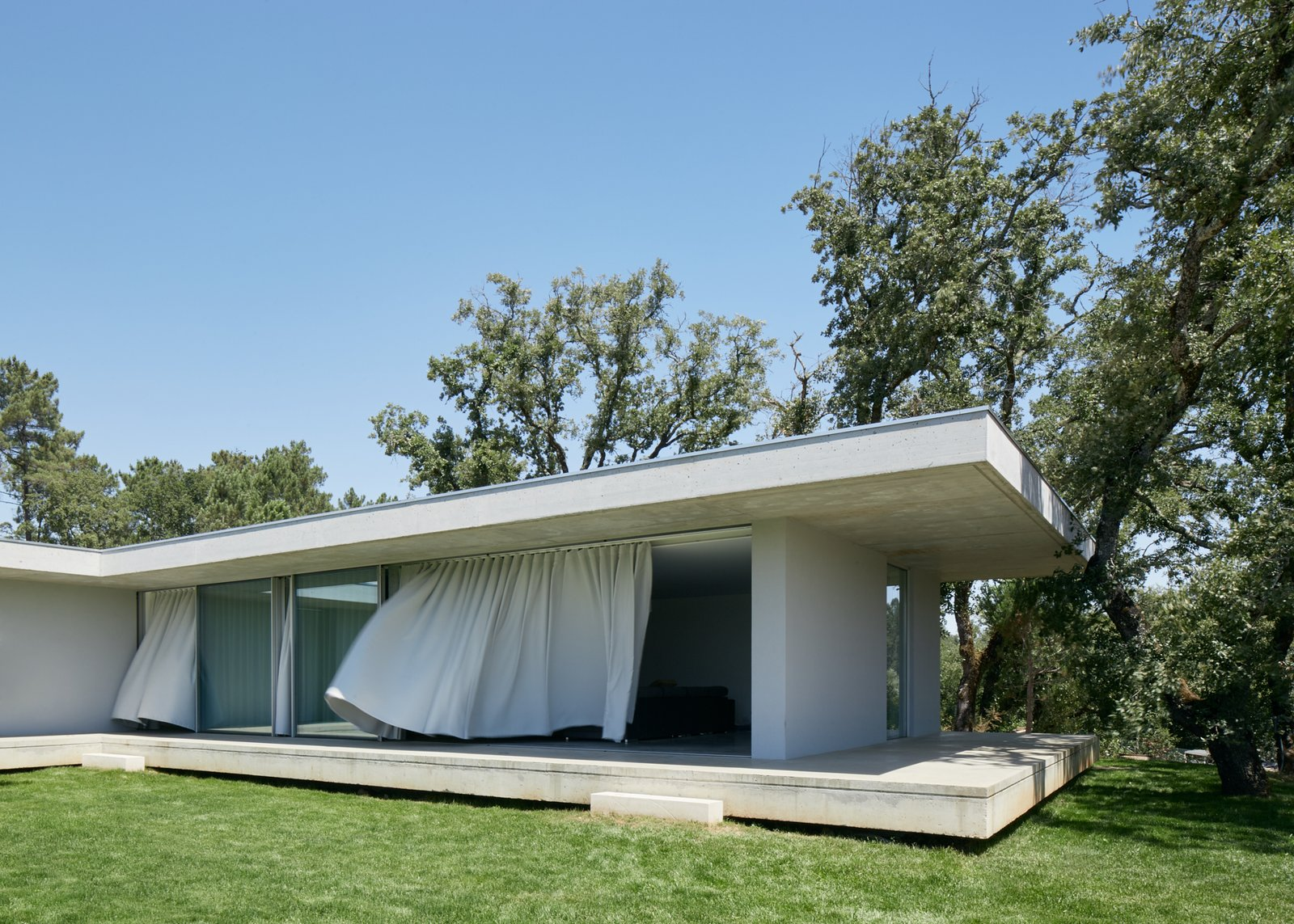 Outdoor  Fanu House