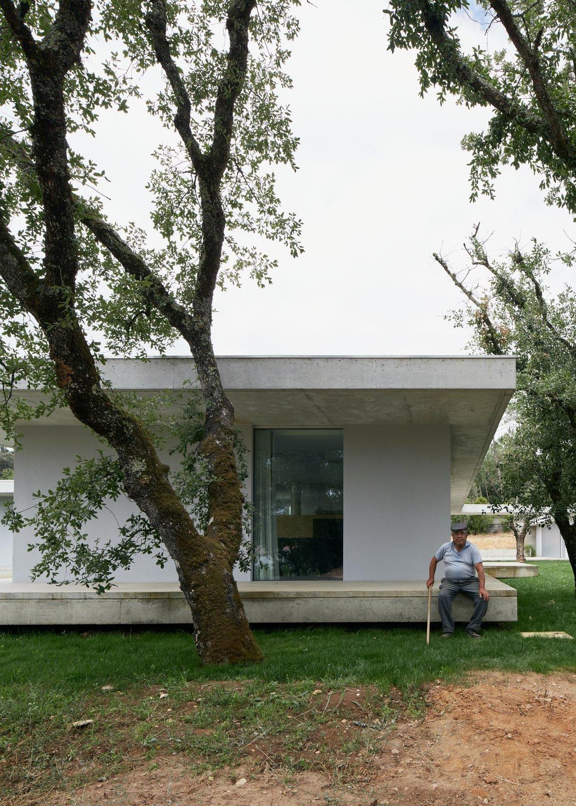 Exterior  Fanu House