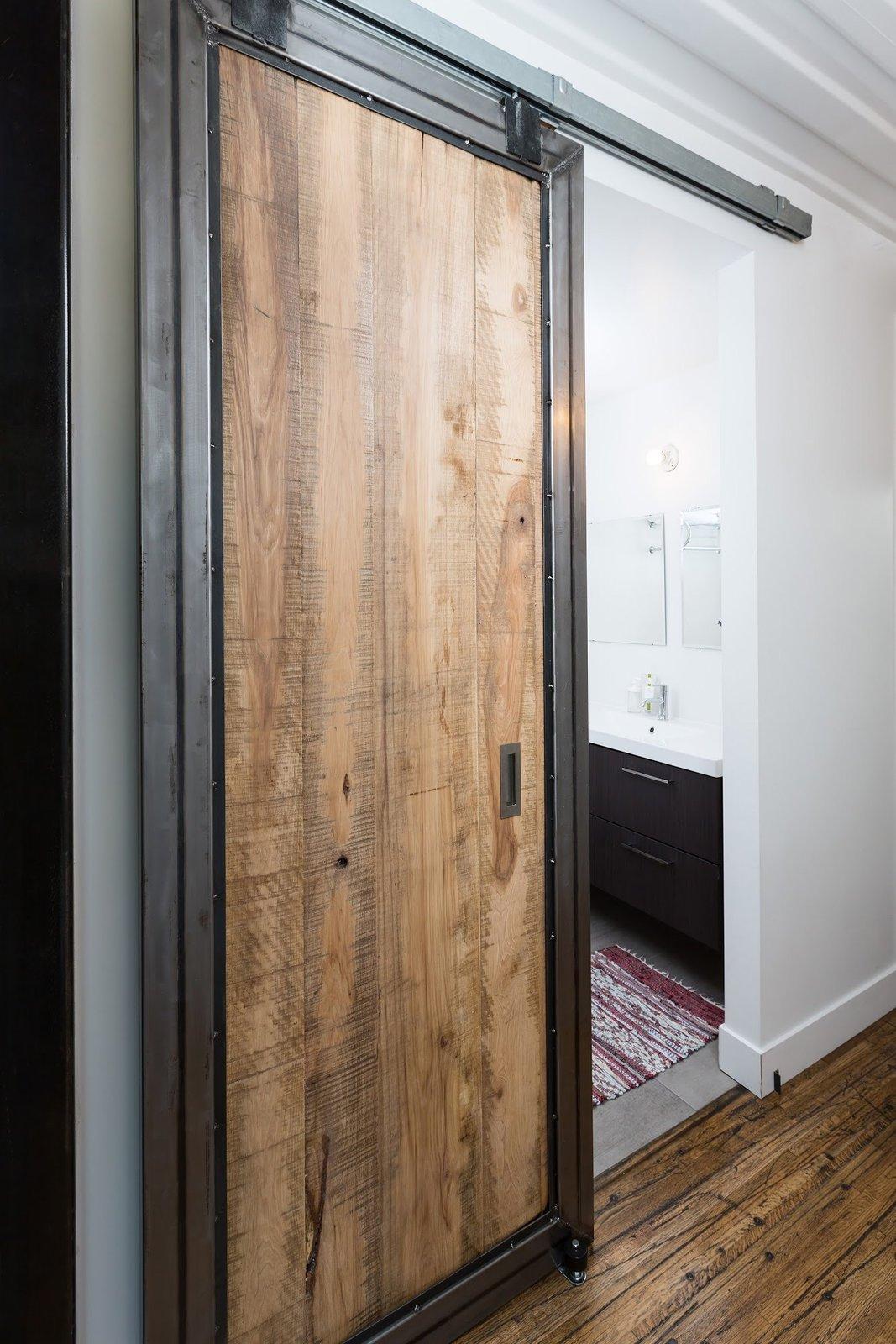 Doors, Sliding Door Type, Metal, Interior, and Wood  The Container house