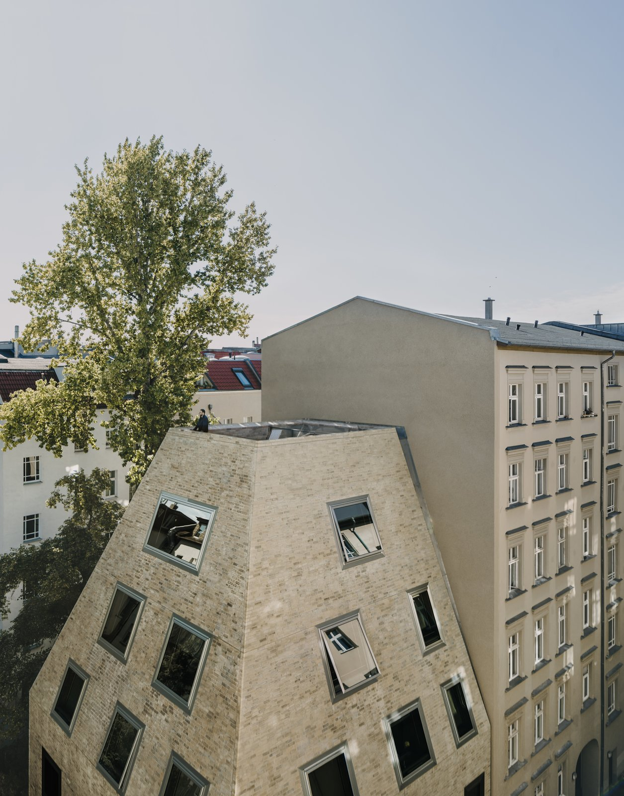 Apartment House Prenzlauer Berg by Barkow Leibinger