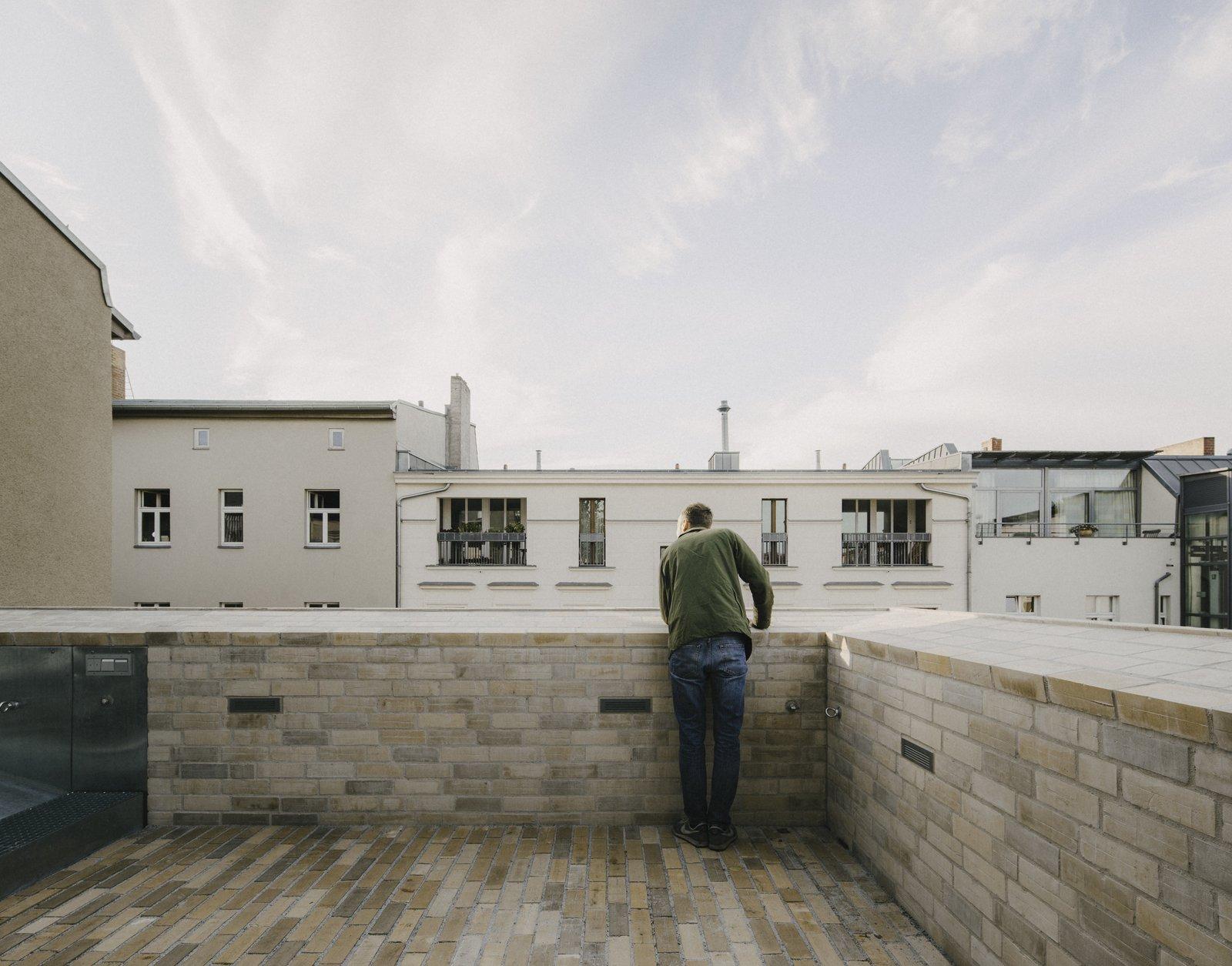 Apartment House Prenzlauer Berg by Barkow Leibinger