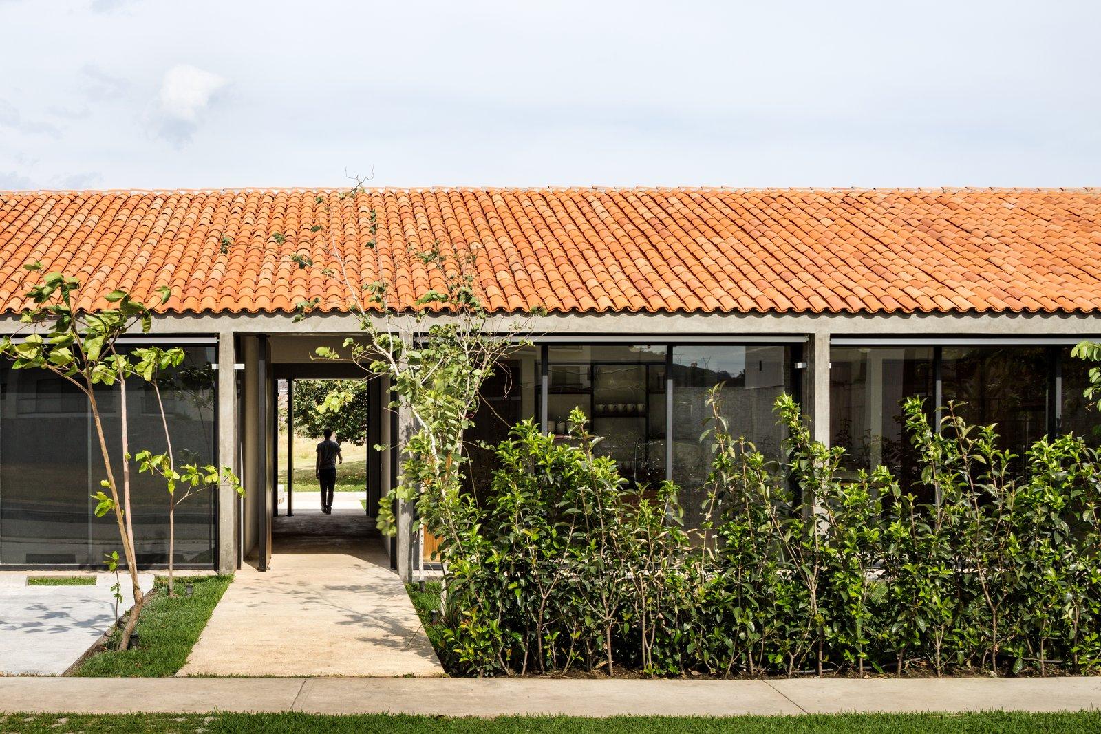 Outdoor  Casa Paraíso Country Club by DCPP