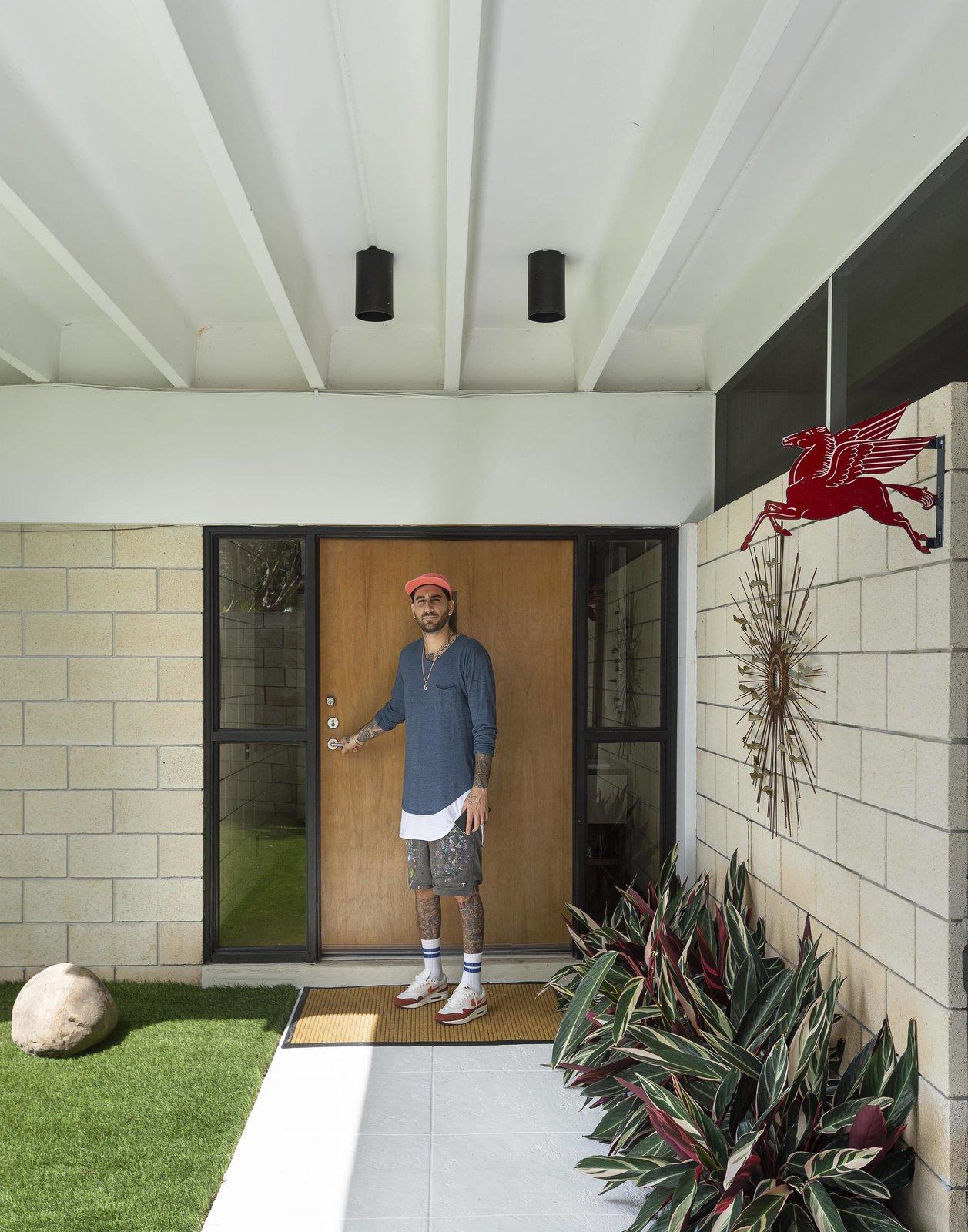 My House: Street Artist Flore's Unlikely Midcentury Haven in Florida