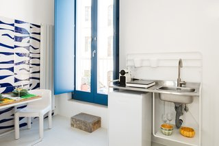 An Old Fisherman's House in Sicily Is Transformed Into 2 Apartments - Photo 8 of 12 -