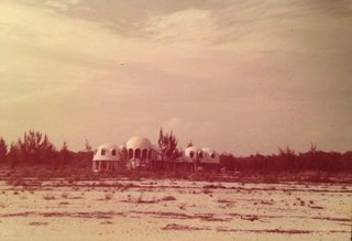 Discover Florida's Mysterious Dome Home Before It Sinks Into the Sea - Photo 3 of 11 -