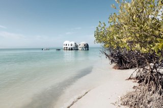 Discover Florida's Mysterious Dome Home Before It Sinks Into the Sea - Photo 10 of 11 -