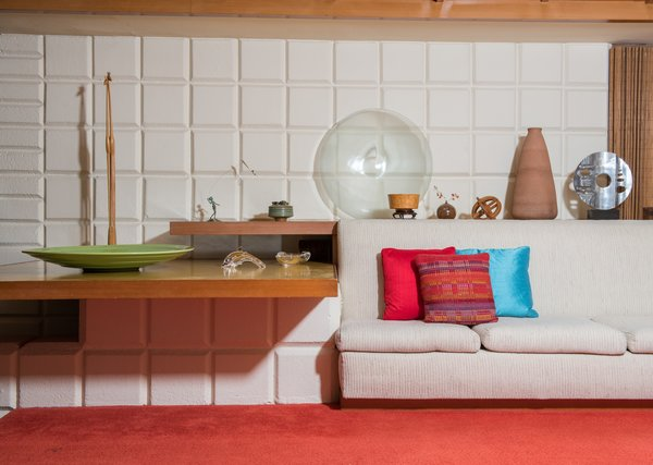 A Midcentury Time Capsule Captures an Architect's Love For Iconic Design